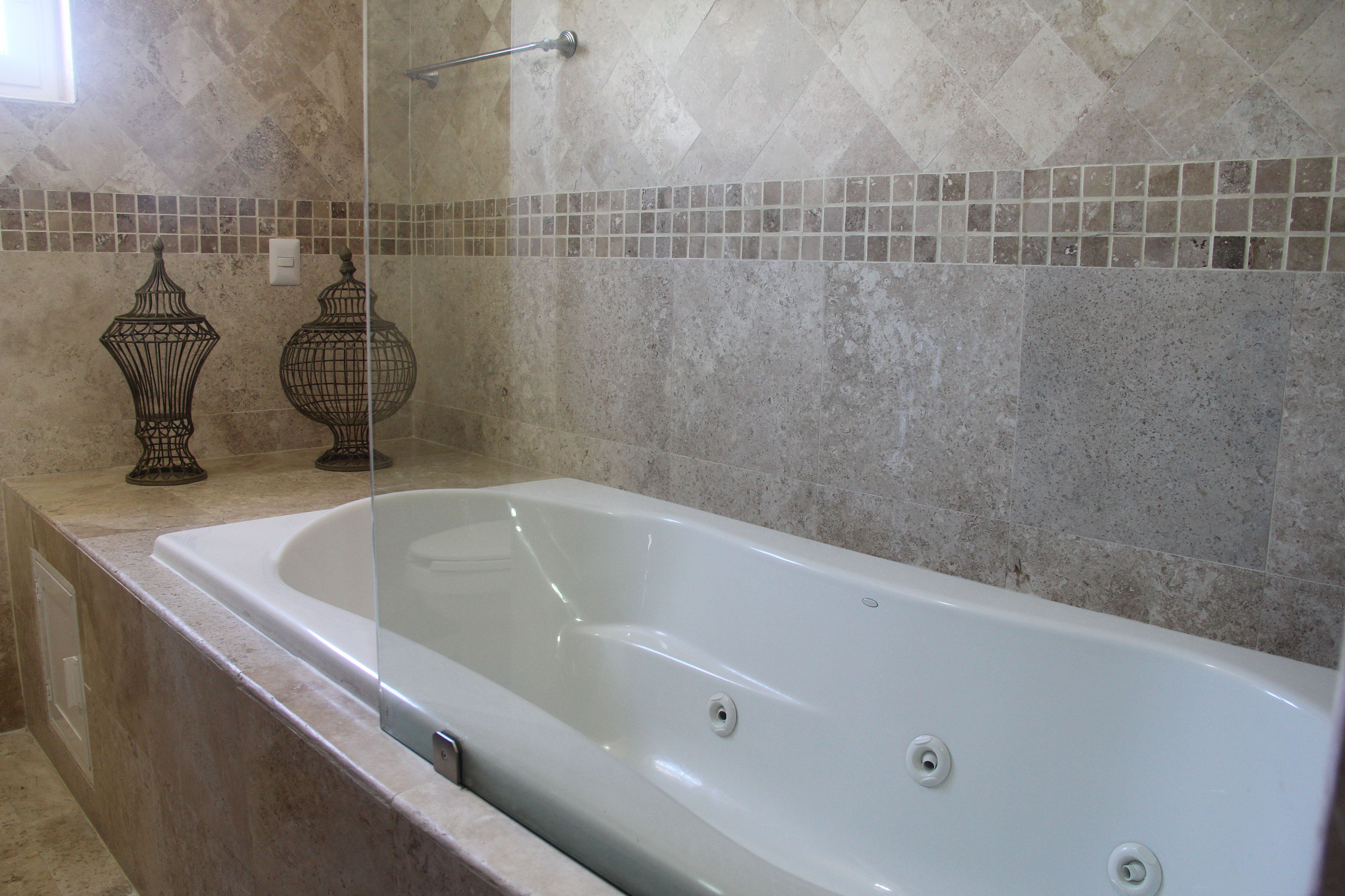 Jacuzzi in master en-suite.