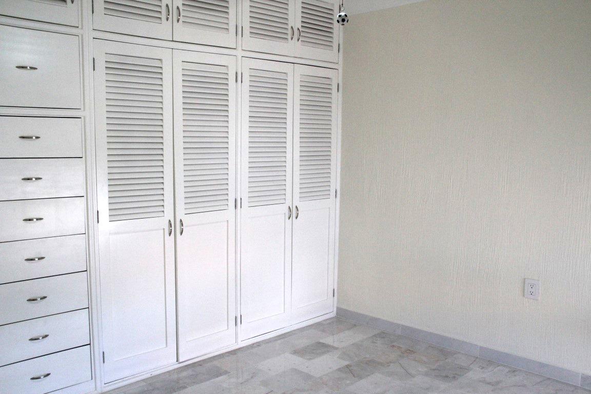 Closet in 3rd bedroom.