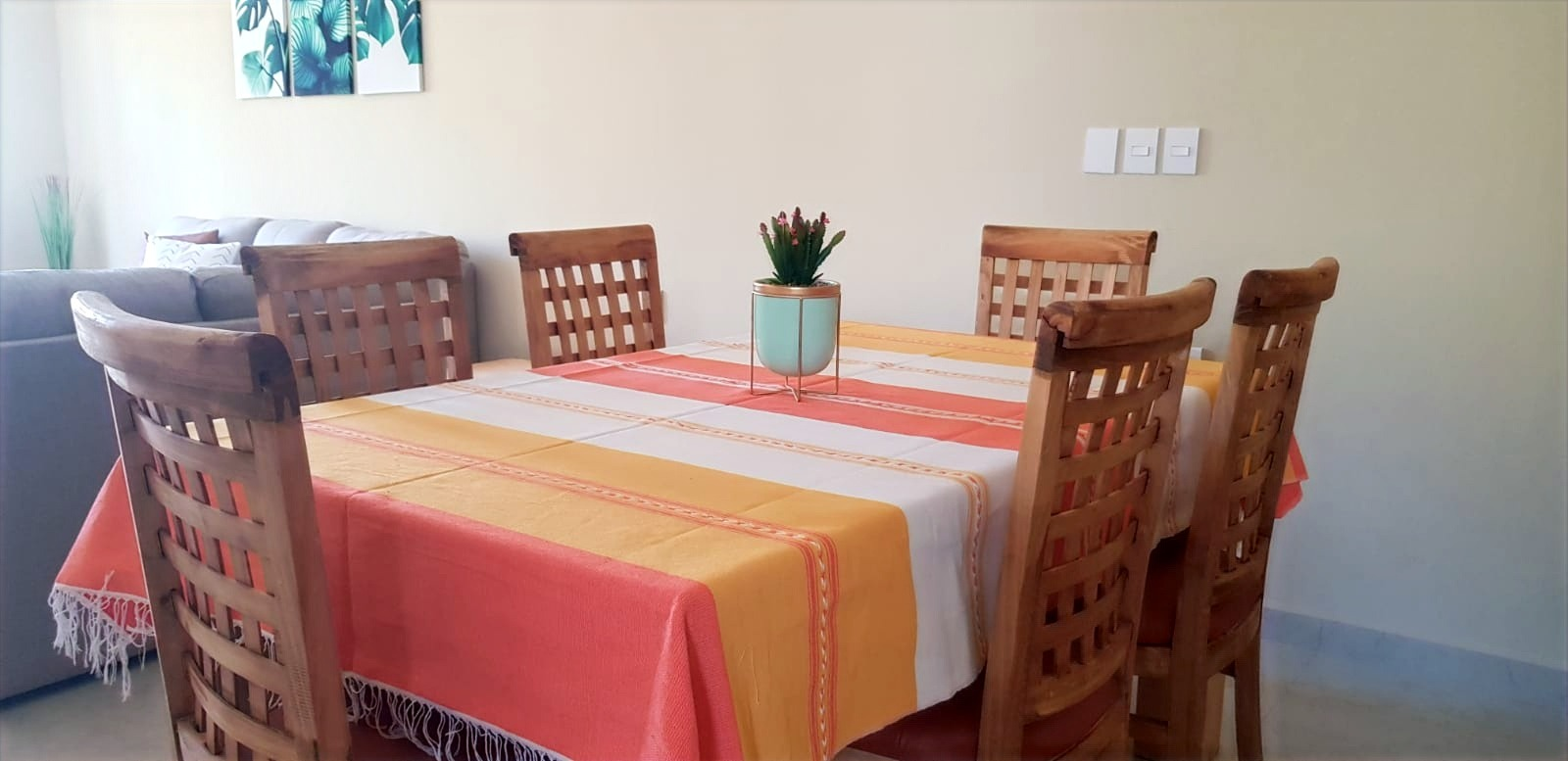 Dining table with Mexican decor.