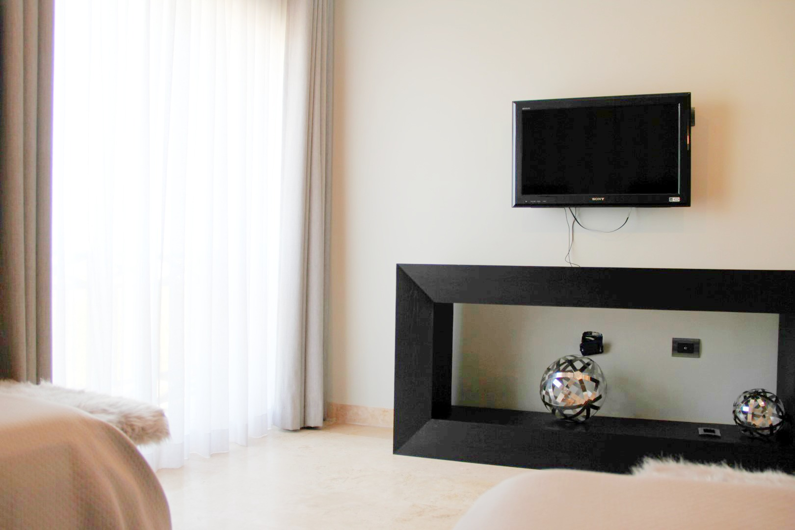TV in second bedroom.