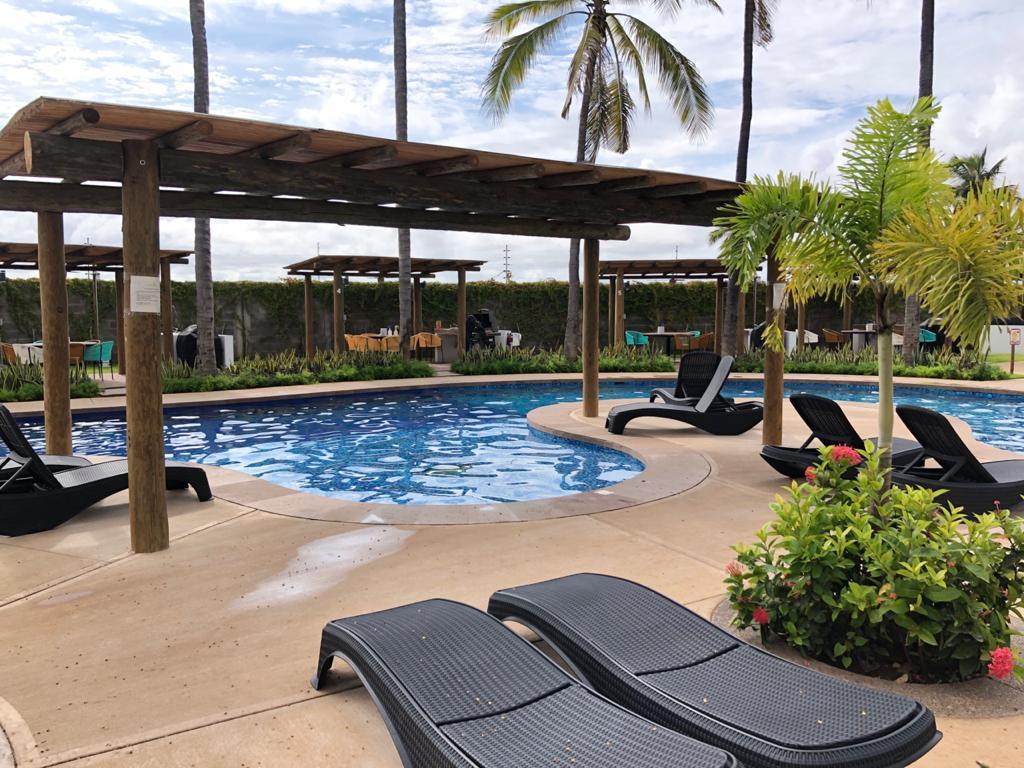 Palmilla pool.