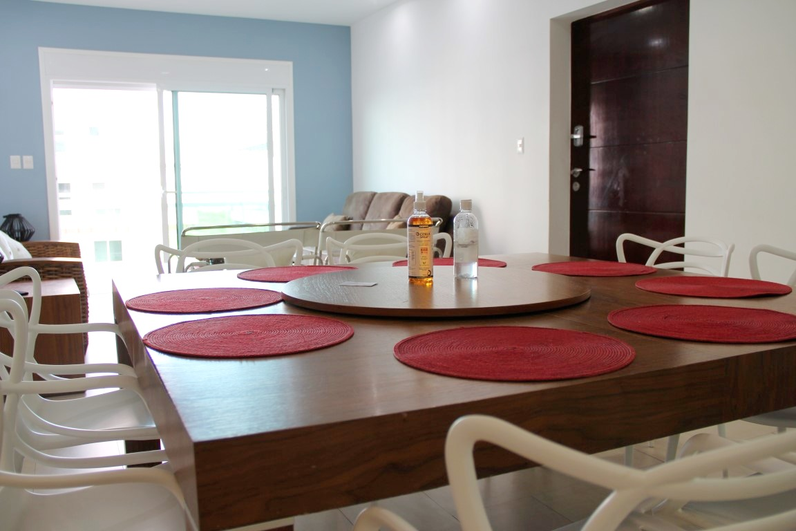 Modern dining table and chairs.