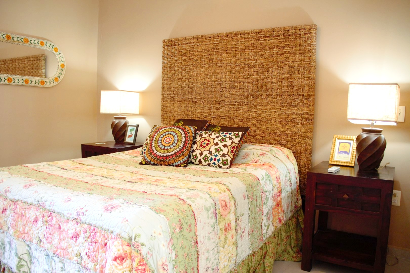 Second bedroom with beautiful decor.