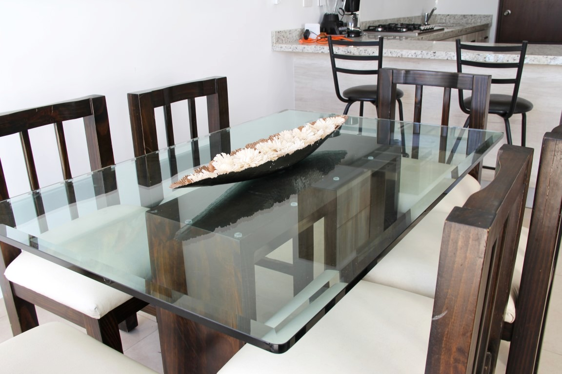 Dining table for 6 people.