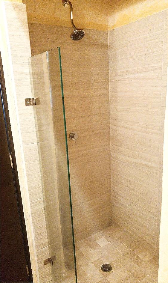 Second bathroom shower.