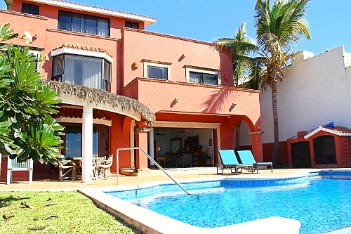 Beachfront vacation home in Mazatlan!