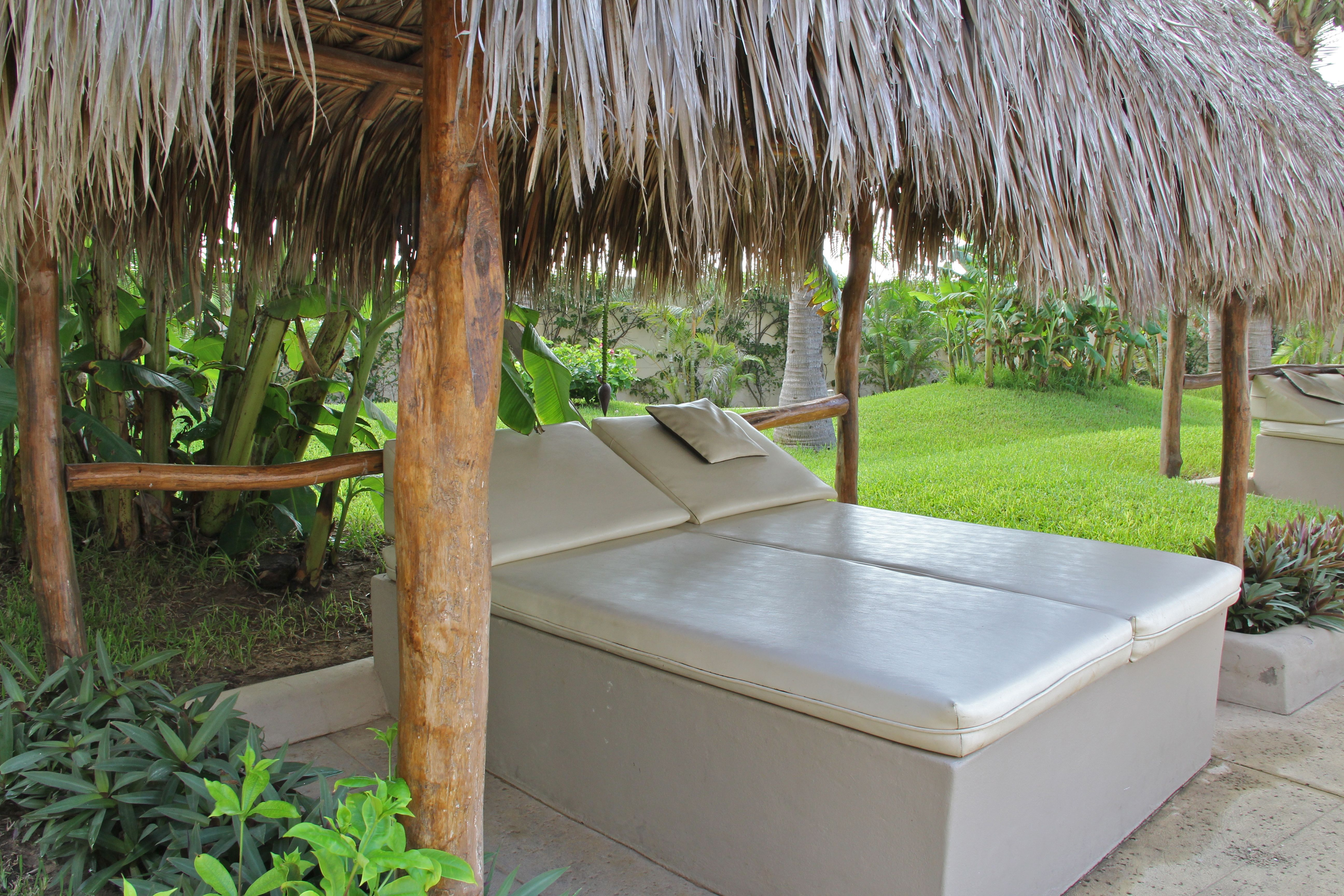 Palapa loungers, oooh so inviting!