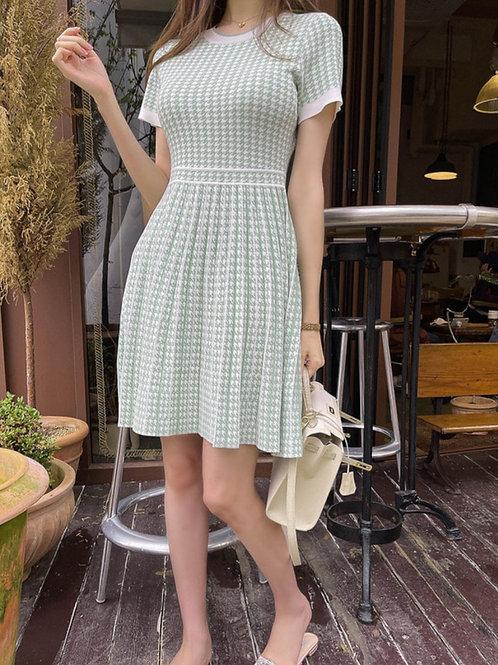 Green Knit Dress (6/2, 詳細は写真をクリック!)