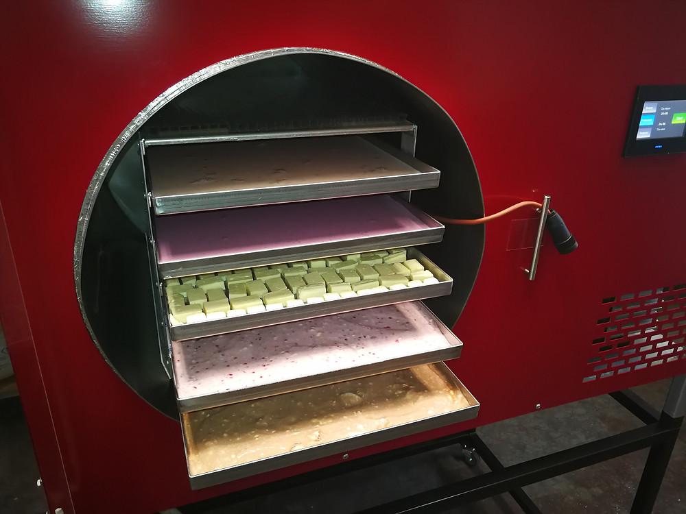 Potraviny naložené v lyofilizátoru