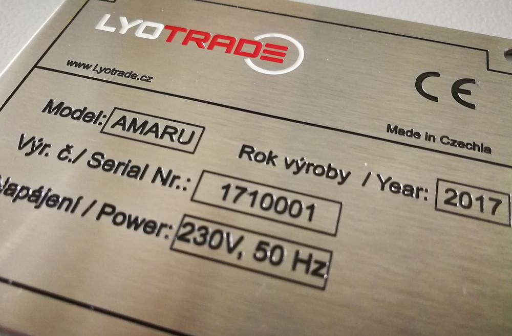Výrobní štítek lyofilizátoru potravin AMARU