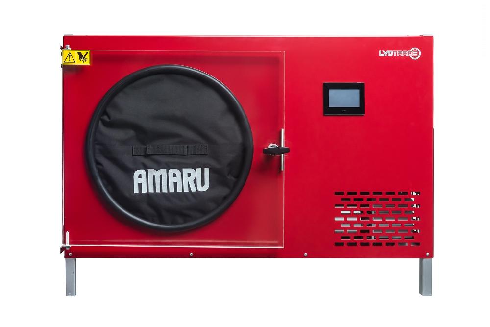 Čelní pohled na lyofilizátor AMARU
