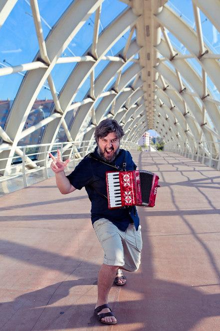 Gonzalo Zubillaga, de profesión músico.