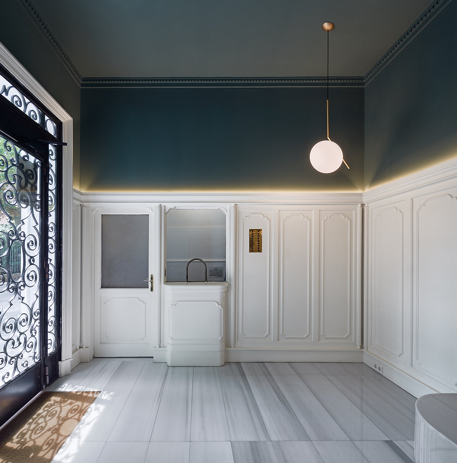 Renovation of hall entrance . LoCa studio. Barcelona. Architecture