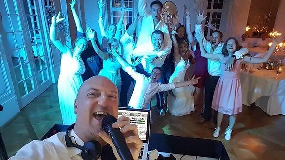 Hochzeits- Geburtstags & Event DJ.jpg