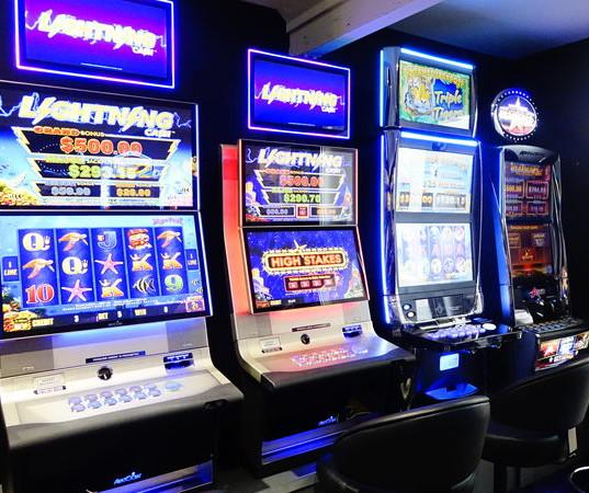 Live Video Poker Machines!