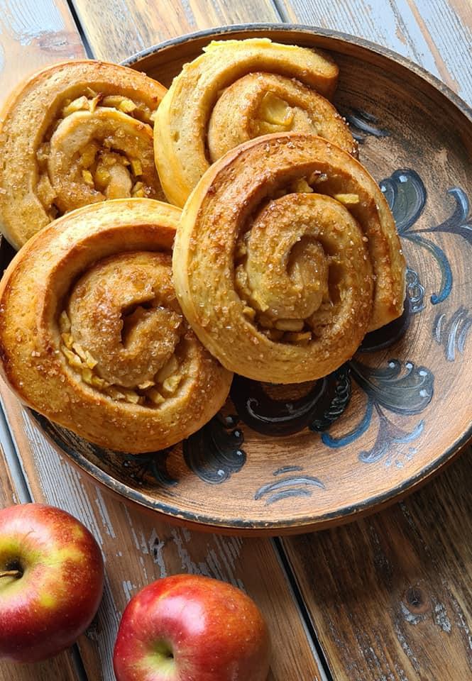 Norwegian Apple and cardamom rolls