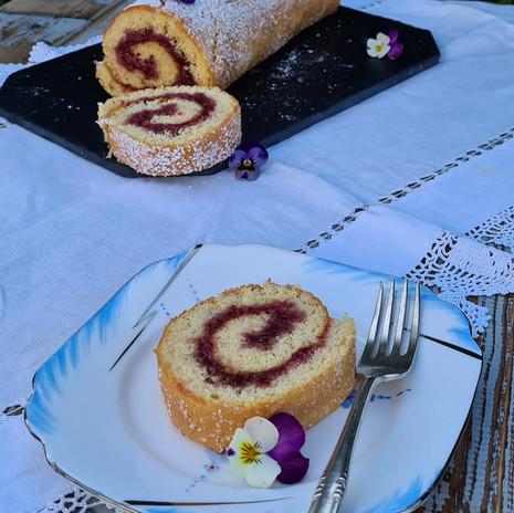 Marimesse om Våren, and a Recipe for Rullekake