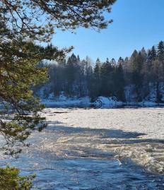 winter river 1.jpg