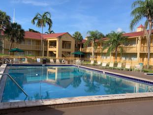 La Quinta Inn & Suites - Como foi nossa hospedagem na rede!