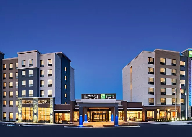 Holiday Inn Express & Staybridge Suites