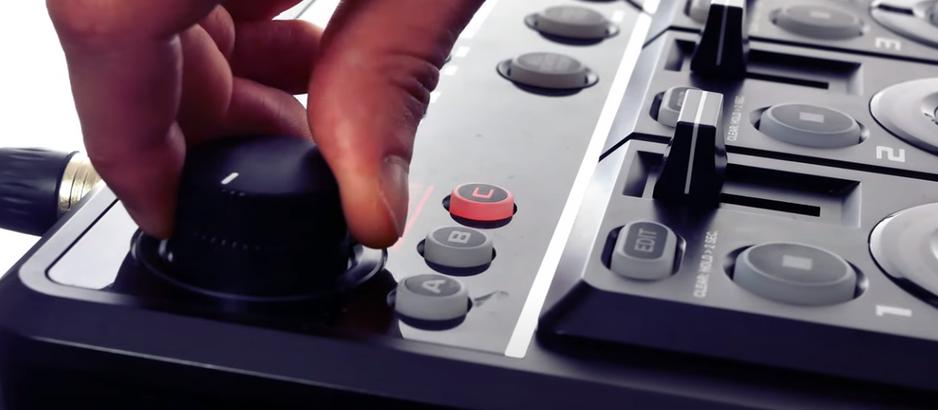 Comment empiler plusieurs effets sur la loopstation RC-505 ?
