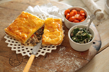 la-cuccina-main-meals-chicken-and-mushro