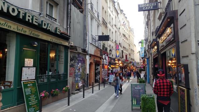 סיור ברובע הלטיני בפריז
