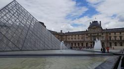 מדריך לפריז