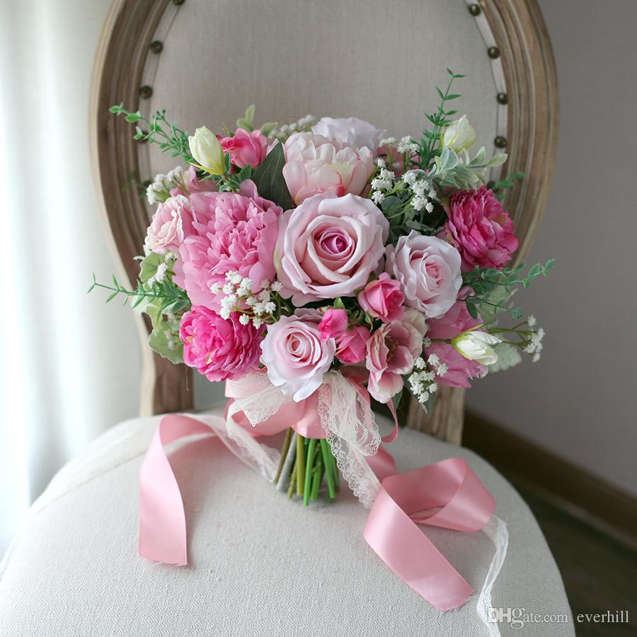 нежно-розовый