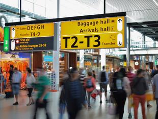 Boas maneiras no aeroporto: como se comportar no check in e no embarque do avião