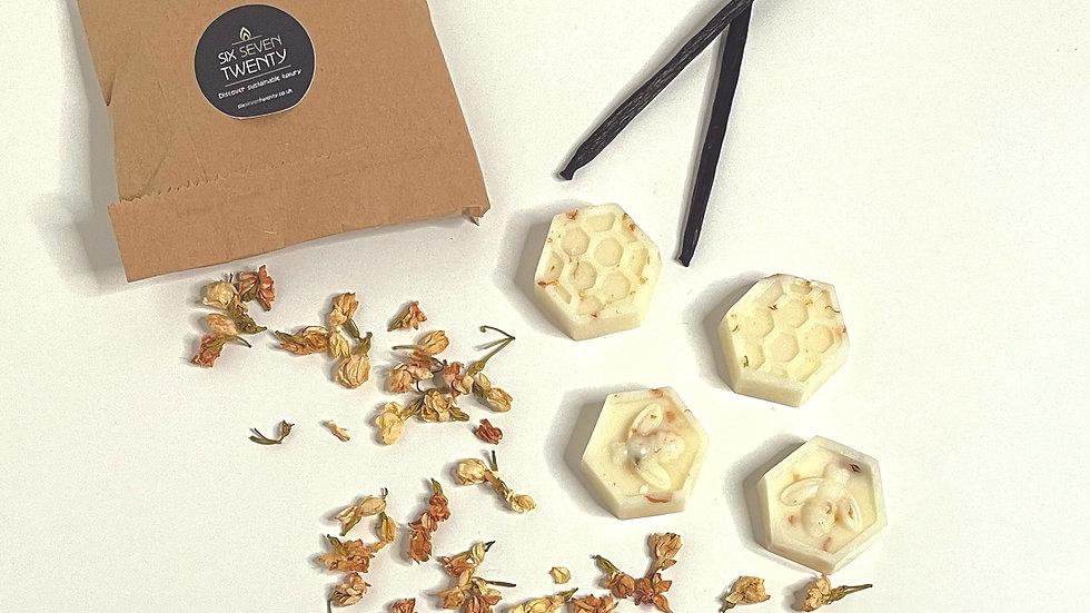French Vanilla & Jasmine Botanical Wax Melts   Bee design 4 pack