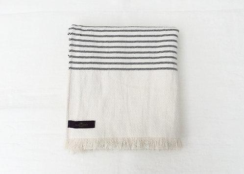 True Linen Comfort Blanket Lina