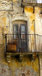 Romantic Italy door