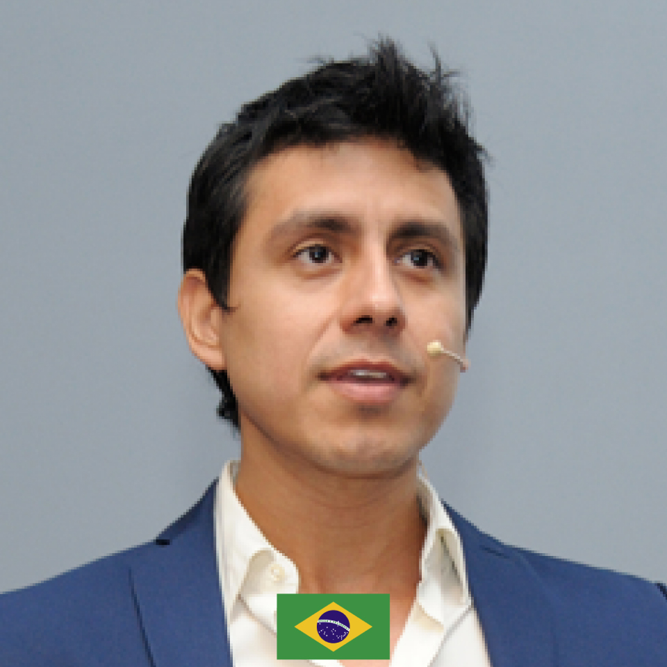 web_Victor Clavijo-