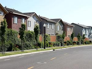 houses-499111659-ecfb7bbdbc1c4bd3bd3d839