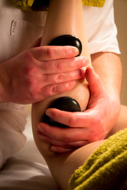 Hot Stones massage Newotwnards