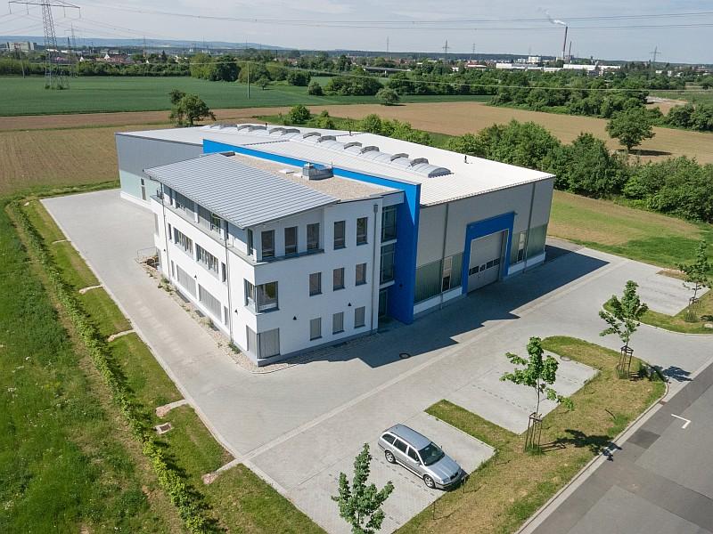 Luftaufnahme-Werkhalle-Aschaffenburg-Drohne