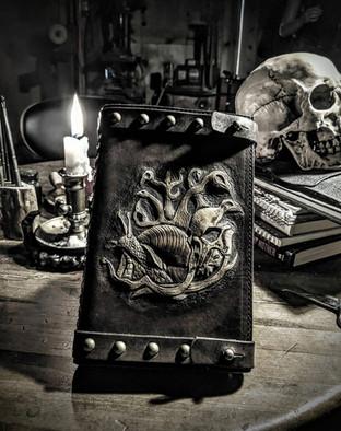Snail & Skull Journal - View 4 of 4