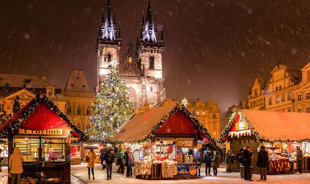 OZON.Travel - Скидка 1000 рублей на билеты в Прагу