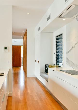 Clean & Contemporary kitchen design - i 4 design & style interiors Brisbane