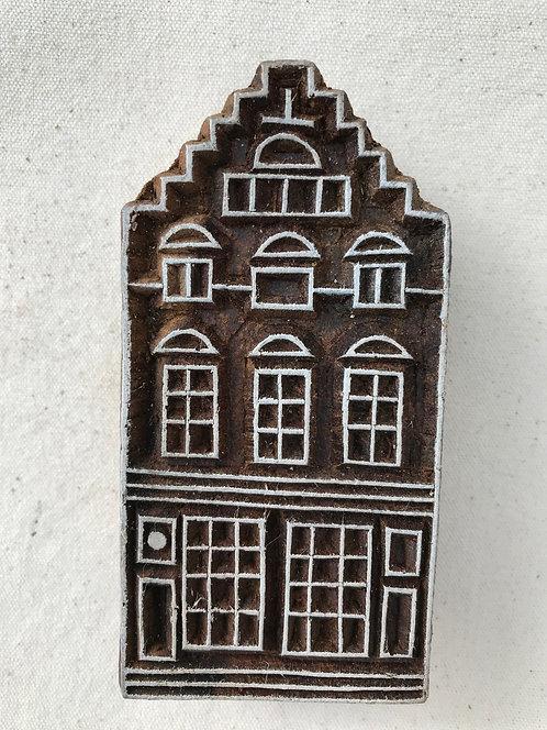WB111 Block - large house