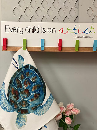 Children's Picture Hanger with Pegs