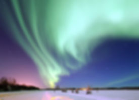 aurora-borealis-1181004_1920.jpg
