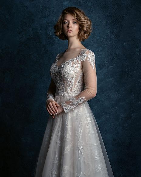 Портрет невесты в зале Барселона Фотостудии Amare
