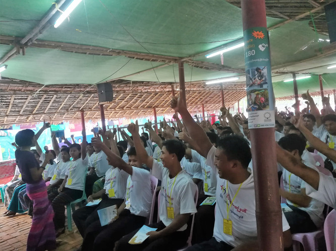 The Issara team and CSO partners conduct pre-departure training to Burmese workers outbound to Malaysia and Thailand weekly, reaching hundreds each time