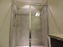 Semi-Frameless Shower Example46