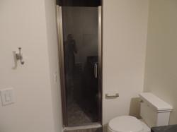Semi-Frameless Shower Example44