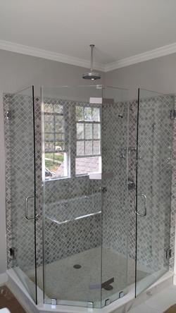 Frameless Neo Shower with 2 Doors