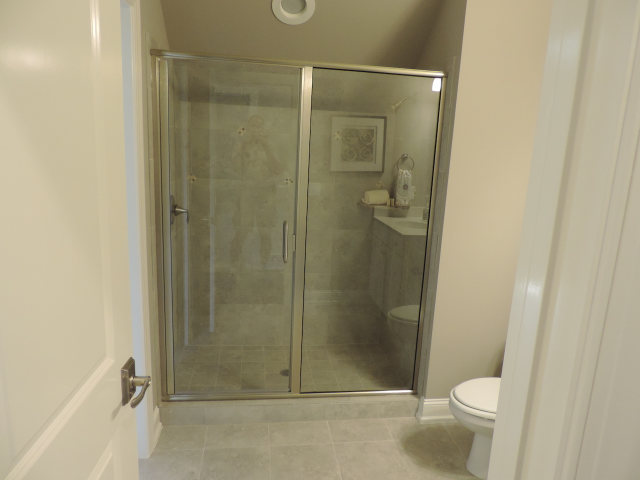 Semi-Frameless Shower Example56