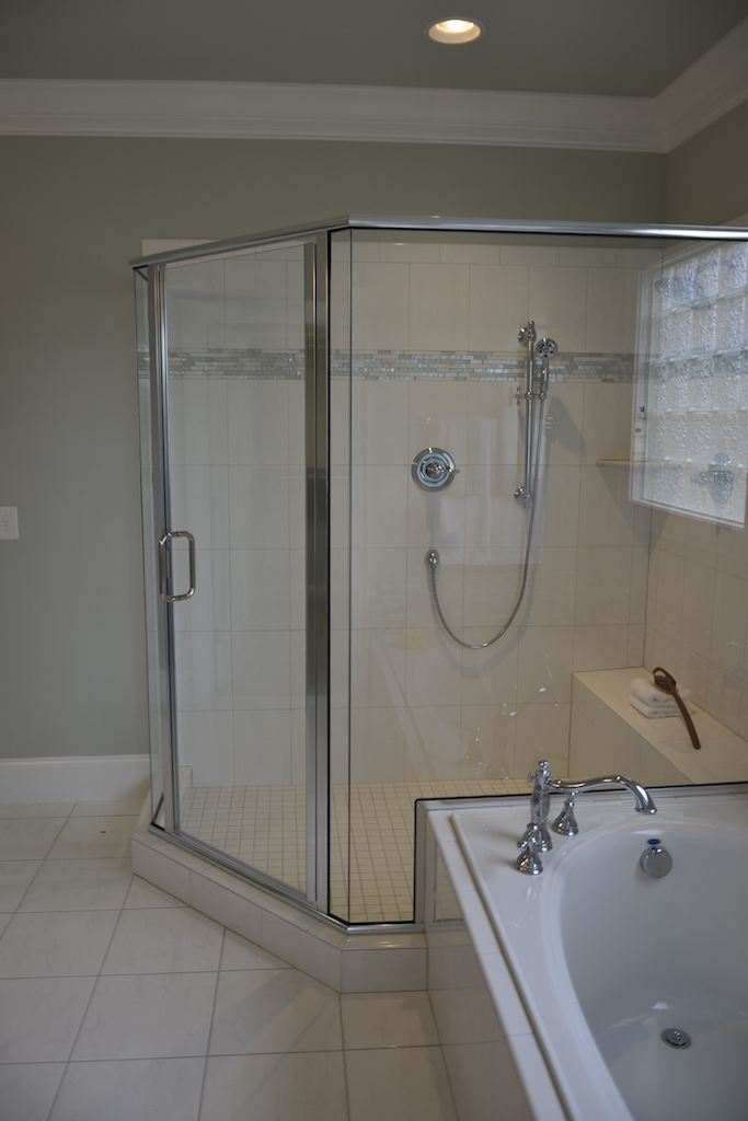Semi-Frameless Shower Example31